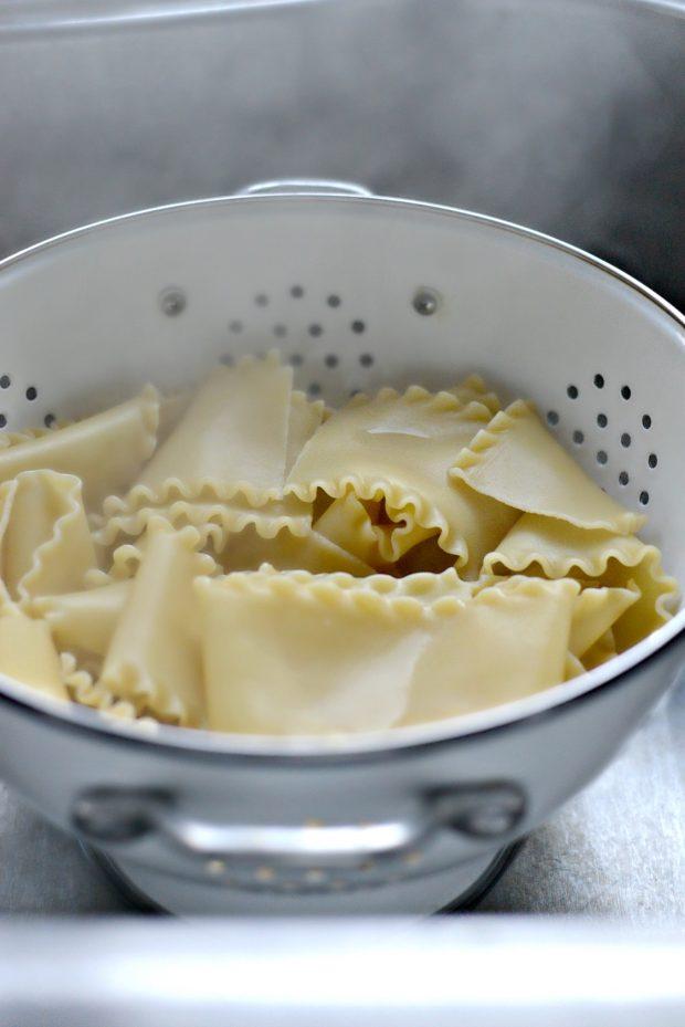 Lasagna Roll-ups l SimplyScratch.com (lasagna noodles)