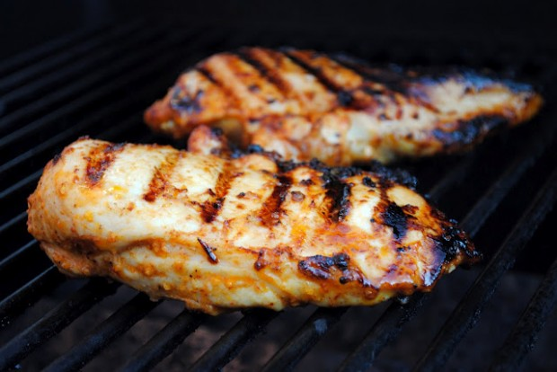 chipotle chicken marinade sweet and smoky a marinade that will kick ...