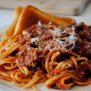Classic Meat Sauce with Linguine