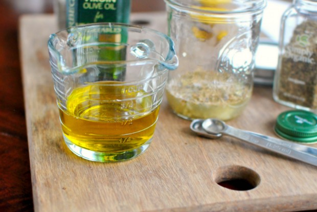 measure olive oil