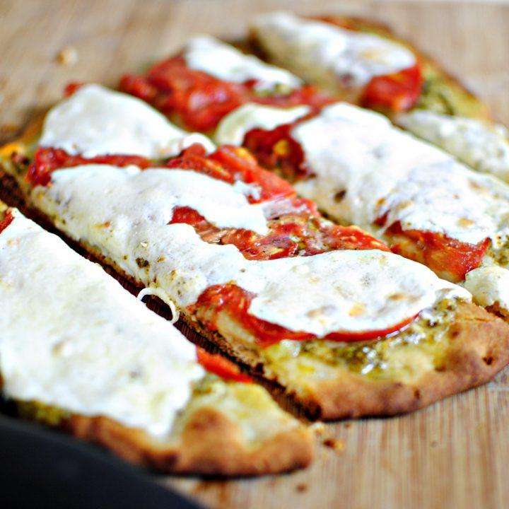 Pesto & Tomato Naan Personal Pizzas
