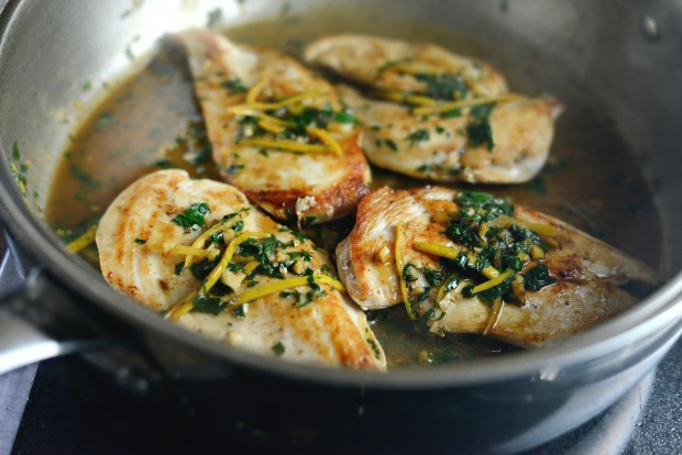 seared chicken breast with lemon herb pan sauce l SimplyScratch.com