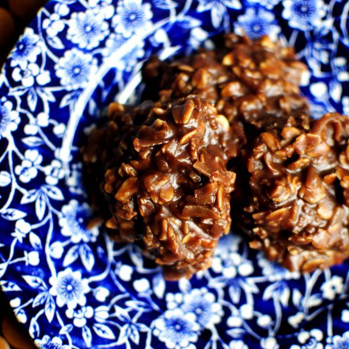 No-Bake PB Choco-Oatmeal Cookies