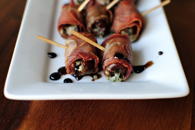 Prosciutto Wrapped, Gorgonzola Stuffed Dates l SimplyScratch.com