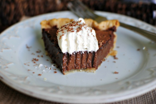 Easy Chocolate Pie l SimplyScratch.com
