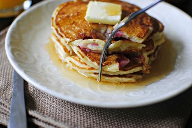 Strawberry Buttermilk Pancakes l SimplyScratch.com