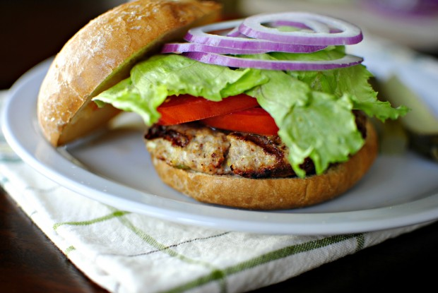 Grilled Turkey Burgers l SimplyScratch.com