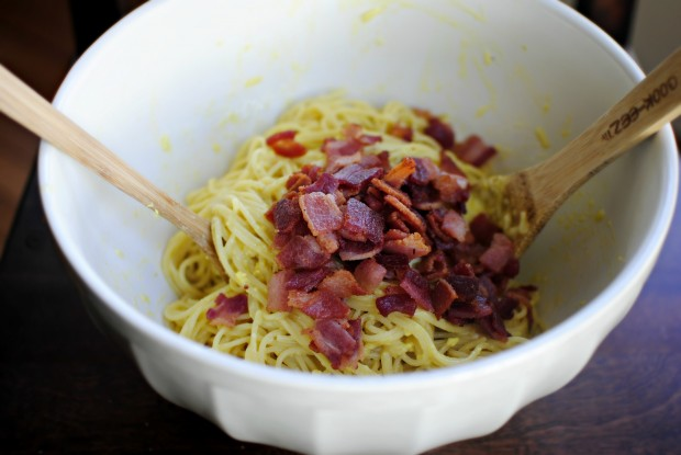 Simple Spaghetti Carbonara l SimplyScratch.com