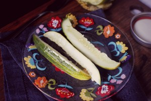 Easy Homemade Sour & Spicy Dill Pickles 2