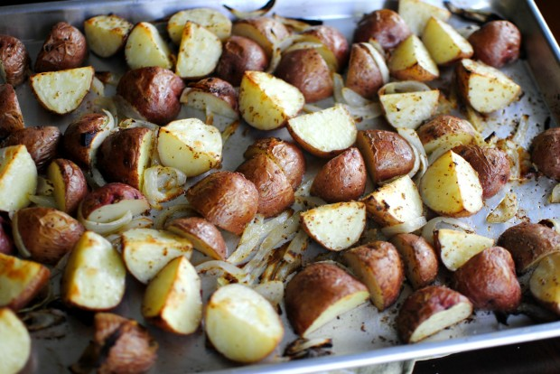 Dijon Roasted Red Skin Potatoes l SimplyScratch.com