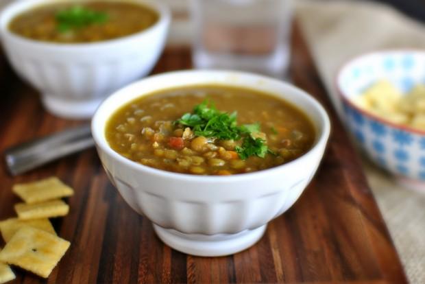 Vegetarian Lentil Soup l SimplyScratch.com