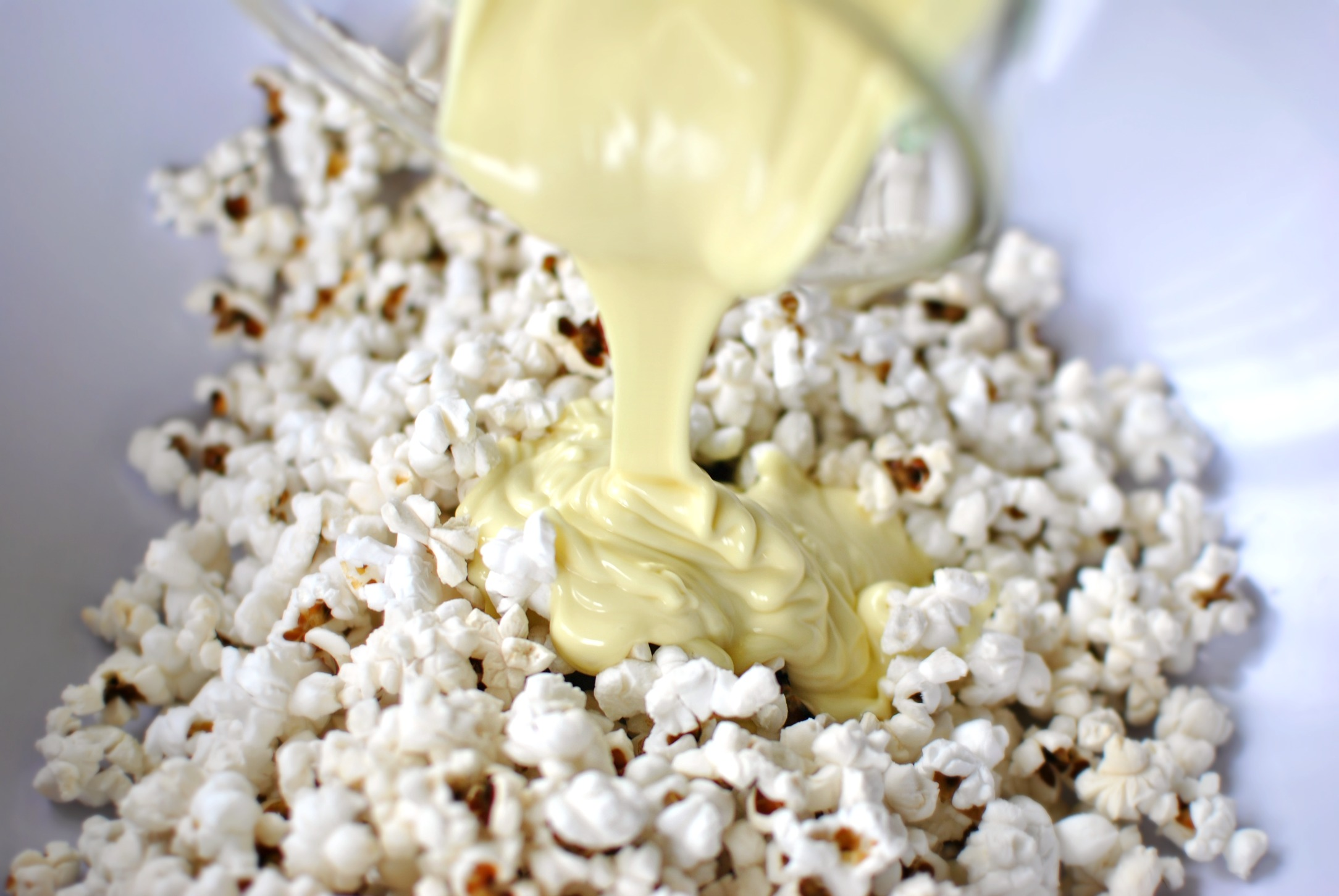 Simply Scratch White Chocolate Peppermint Popcorn - Simply Scratch