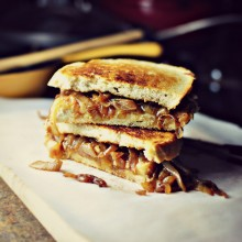 French Onion Soup Grilled Cheese Sandwiches 2