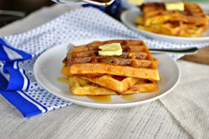 Bacon & Cheddar Cornmeal Waffles 03