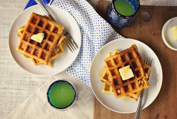 Bacon & Cheddar Cornmeal Waffles - 04