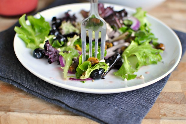 Blueberry & Pistachio Spring Salad with Pomegranate Honey Dressing bite