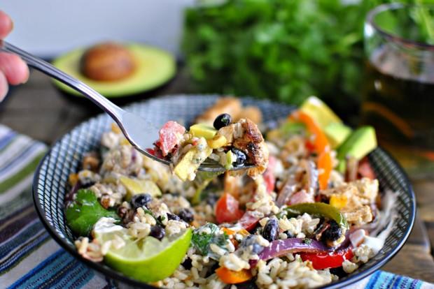 Chipotle Chicken Fajita Rice Bowl l SimplyScratch.com