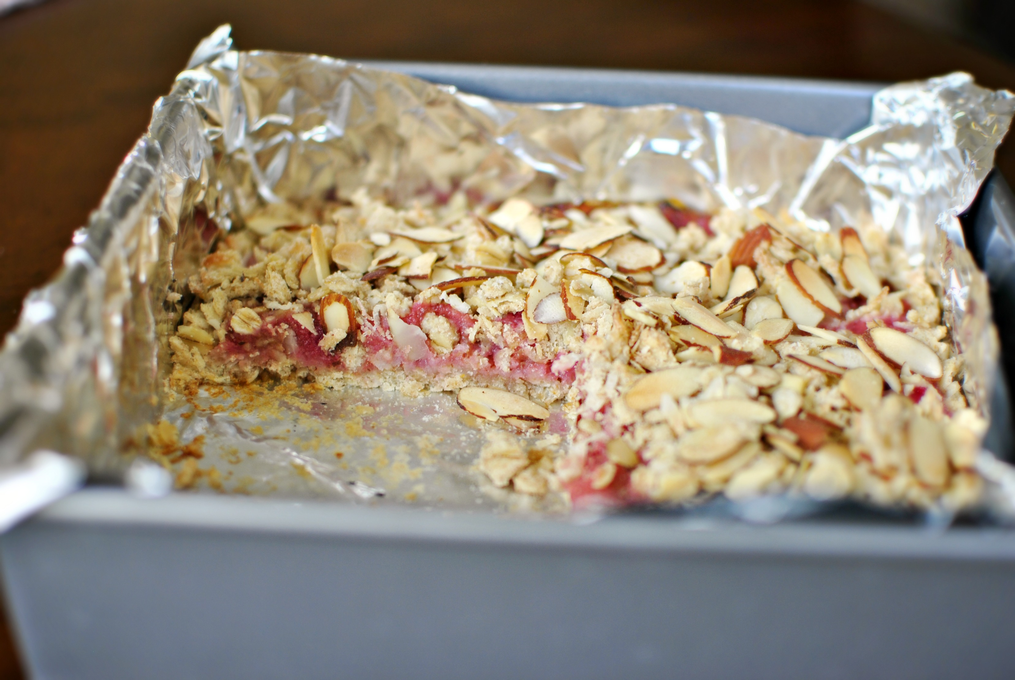 Simply Scratch » Rhubarb Almond Breakfast Bars
