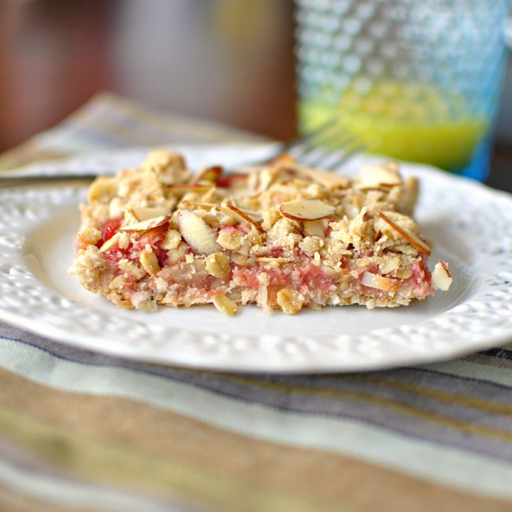 Rhubarb Almond Breakfast Bars