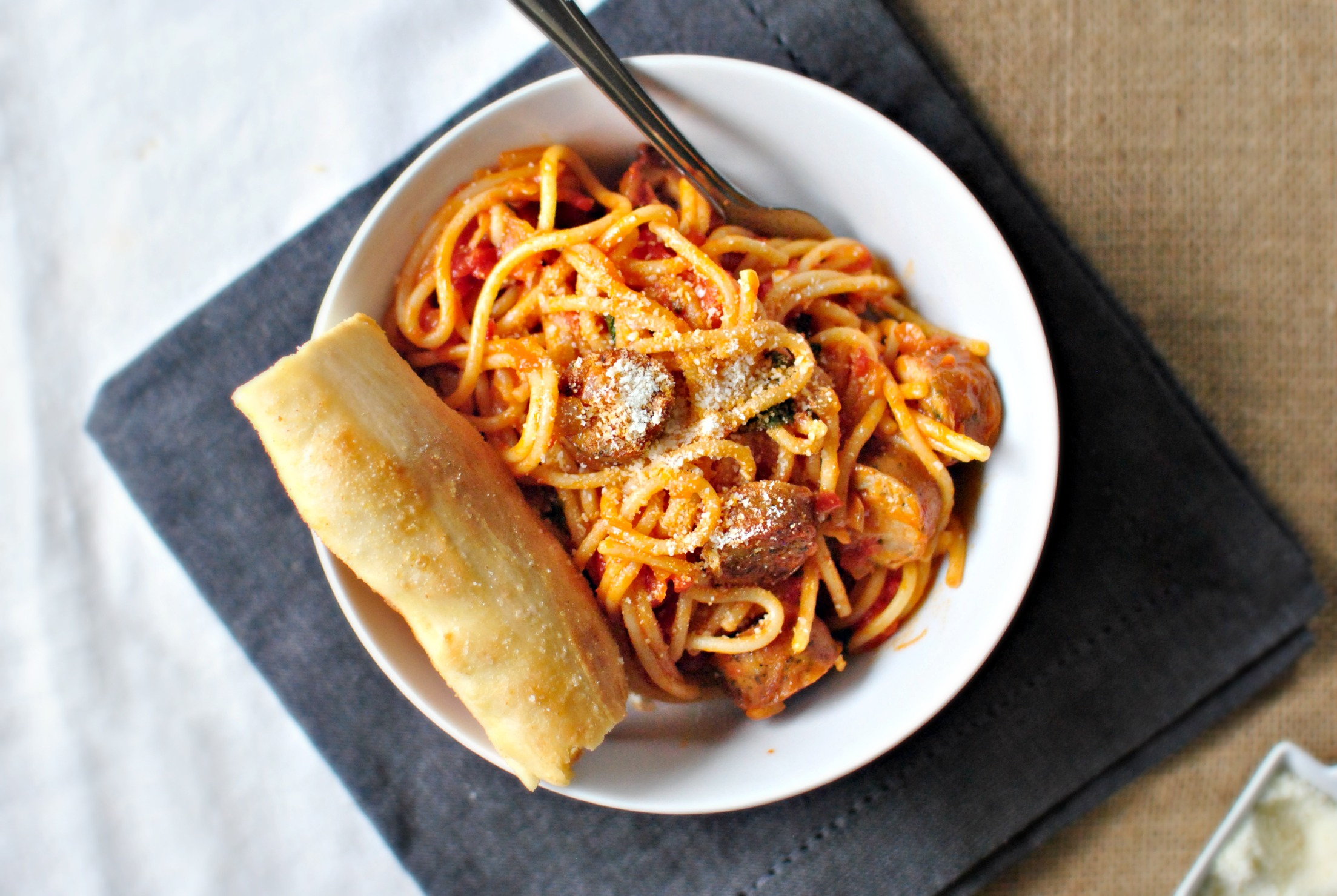 Simply Scratch Spaghetti al Pomodoro - Simply Scratch