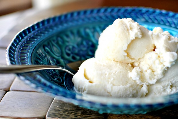 Vanilla Ice Cream Bowl