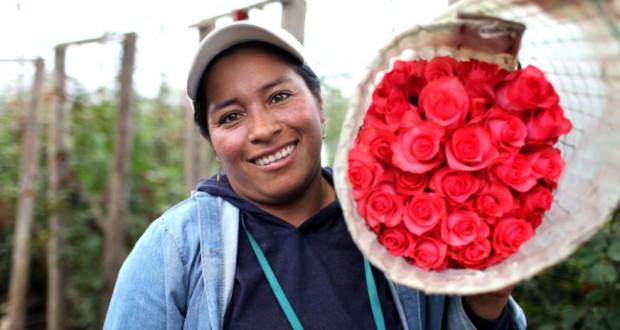 fair-trade-mothers-day-Elvia-Almachi-1