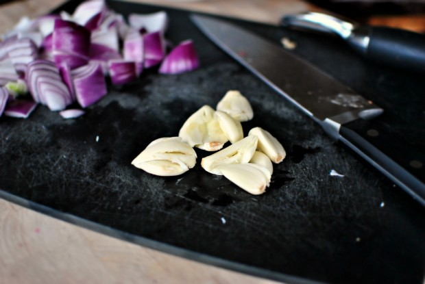smashed n peeled garlic