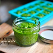 Make and Freeze Homemade Pesto l www.SimplyScratch.com