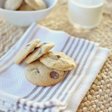 Mini Soft + Chewy Chocolate Chip Cookies -www.SimplyScratch.com