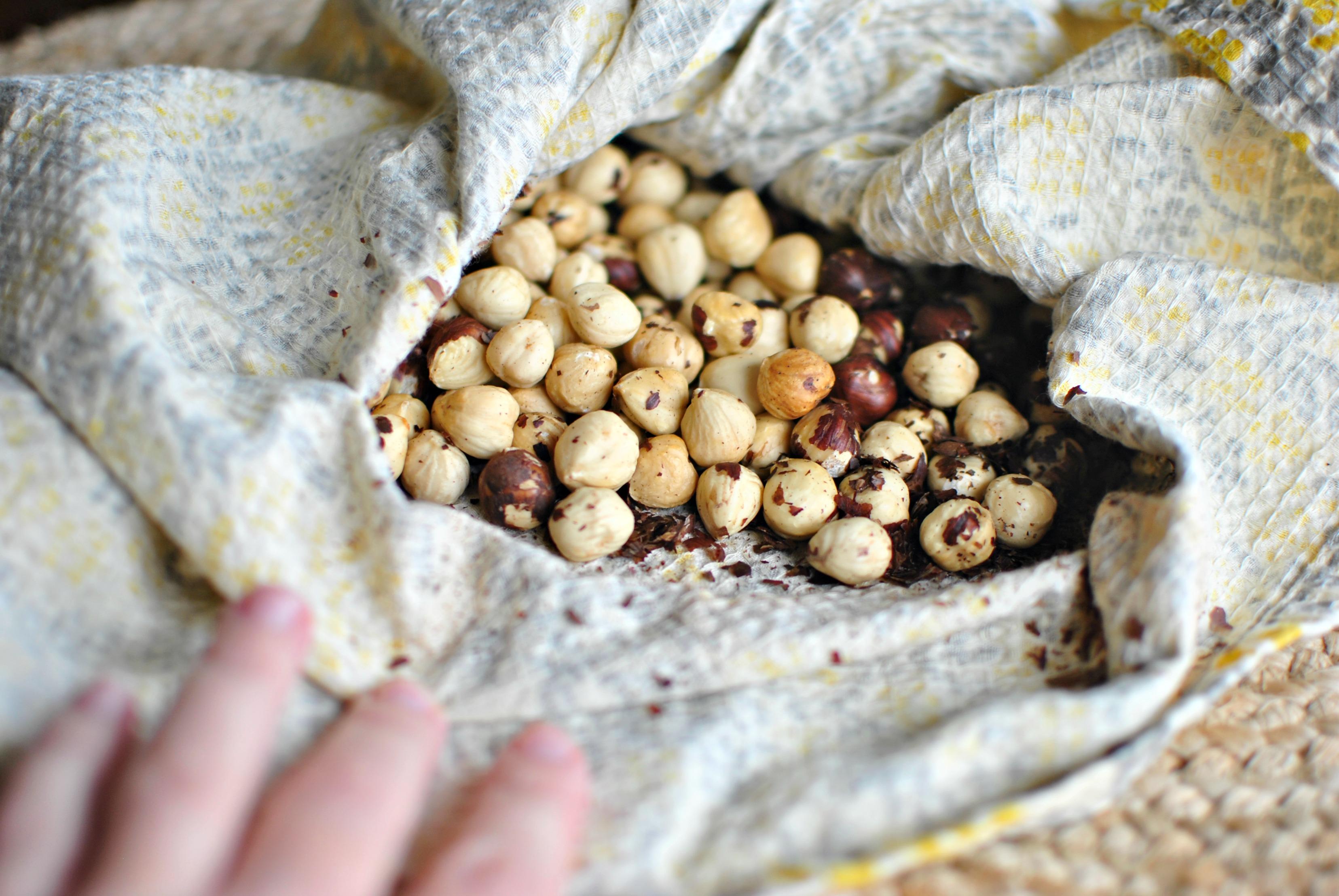 How To Peel Hazelnuts Recipe — Dishmaps