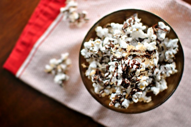 Dark Chocolate, Sea Salt and Toasted Coconut Popcorn l SimplyScratch.com