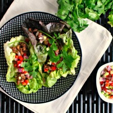 Spicy Sriracha Steak Lettuce Wraps SimplyScratch.com #glutenfree #dairyfree