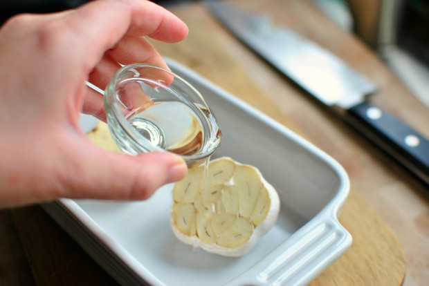 Roasted-Garlic Garlic Bread l www.SimplyScratch.com olive oil