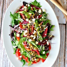 Blood Orange Salad + Ginger Cayenne Orange Dressing via www.SimplyScratch.com pepper