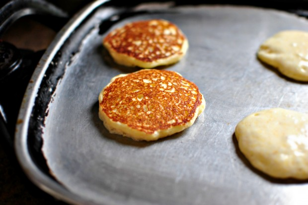 Toasted Cornmeal Pancakes and Honey Butter Maple Syrup l www.SimplyScratch.com flip