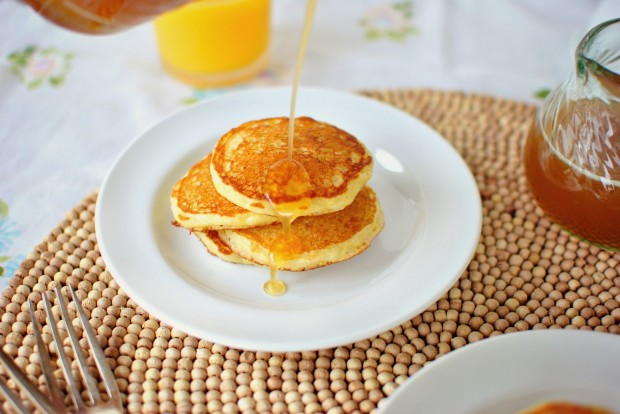Toasted Cornmeal Pancakes and Honey Butter Maple Syrup l www.SimplyScratch.com honey butter maple syrup