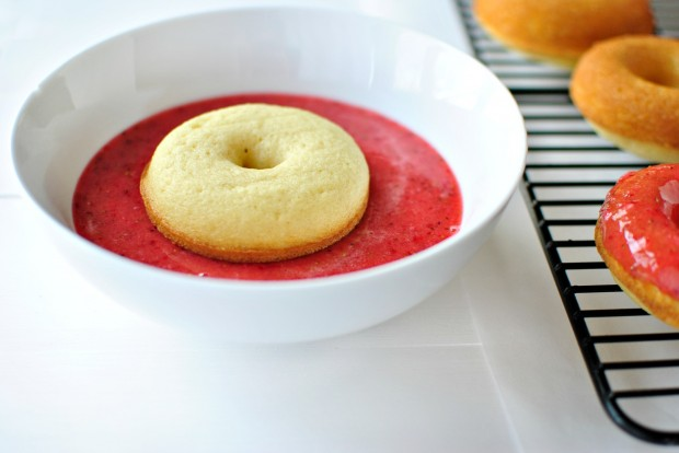 Baked Buttermilk Cake Doughnuts + Fresh Strawberry Glaze l www.SimplyScratch.com dip