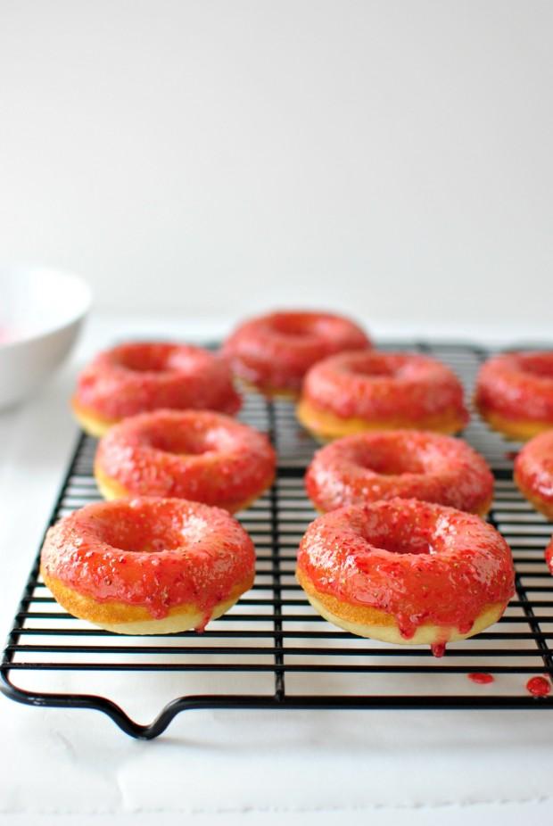 Baked Buttermilk Cake Doughnuts + Fresh Strawberry Glaze ll www.SimplyScratch.com