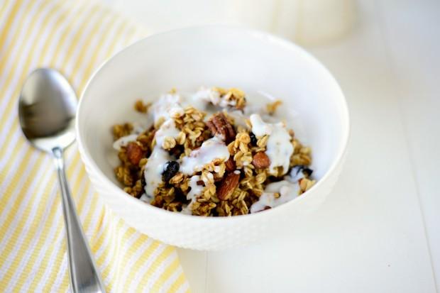 Fruit and Nut Granola l www.SimplyScratch.com kefir