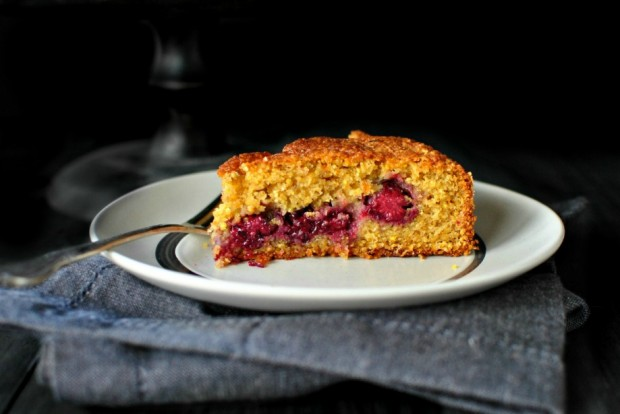 Honey Butter Blackberry + Lemon Polenta Cake via www.SimplyScratch.com #cake