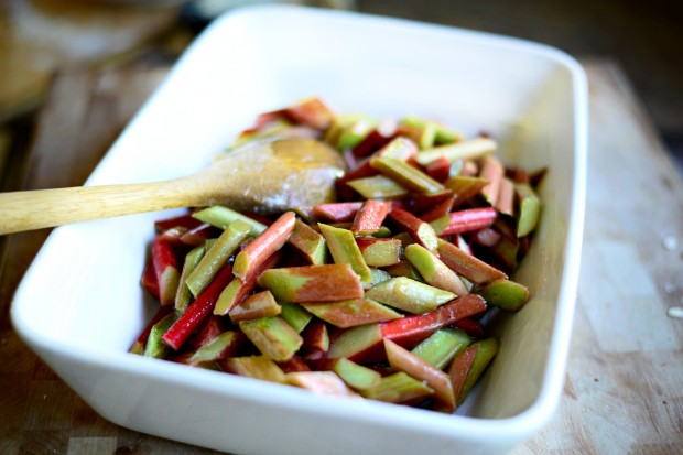 Rhubarb Crumble l www.SimplyScratch.com spread into pan