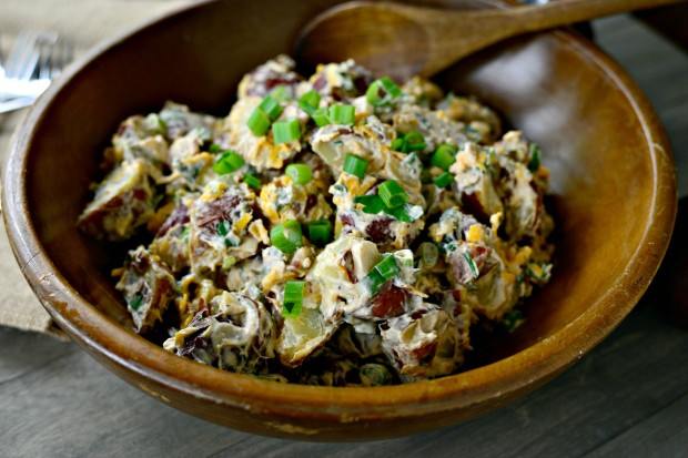 Southwest Potato Salad via www.SimplyScratch.com #summer #grilling #recipe