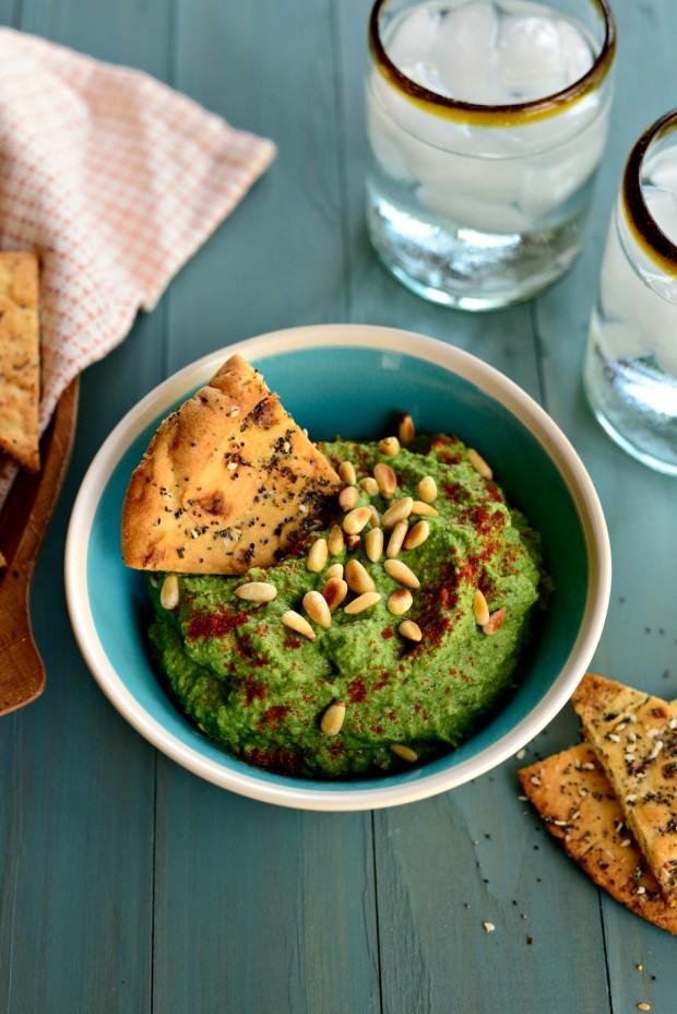 Roasted Garlic Kale Hummus l www.SimplyScratch (10)