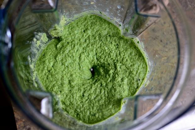 Roasted Garlic Kale Hummus l www.SimplyScratch (6)