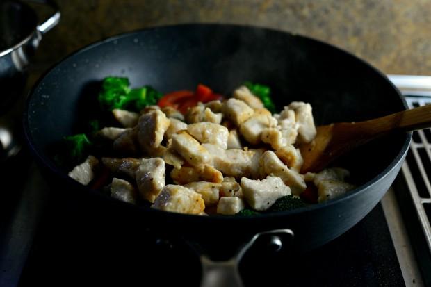 Spicy Cashew Chicken l SimplyScratch (10)