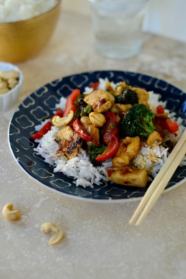 Cashew Chicken Stir-fry l SimplyScratch.com