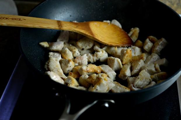 Spicy Cashew Chicken l SimplyScratch (7)