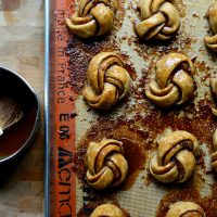 Whole Wheat Salted Pumpkin Spice Knots