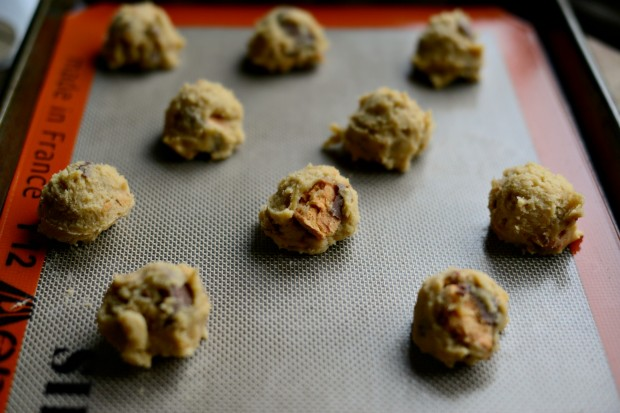 Butterfinger Cookies l SimplyScratch.com (4)