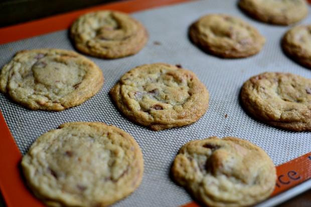 Butterfinger Cookies l SimplyScratch.com (9)